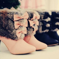 7 Beautiful Bow Boots ...