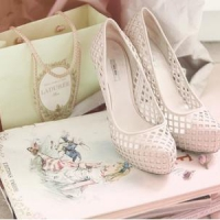 7 Cute Cut-out Shoes for Spring ...
