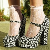 9 Sassy Spring Ruffle Socks ...