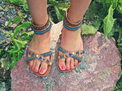 7 Stylish Open-Toed Sandals ...
