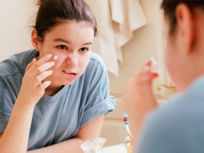 7 Tips to Care for Teenage Skin ... ...