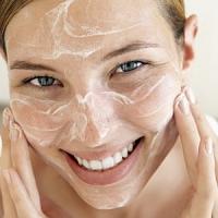 7 Facial Scrubs I Love ...