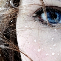 7 Ways to Protect Skin around the Eyes ...