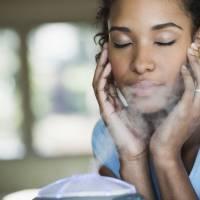 7 cosas que debe saber sobre el uso de un humidificador para la piel seca.