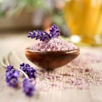 7 Easy-Peasy DIY Bath Salt Recipes ...