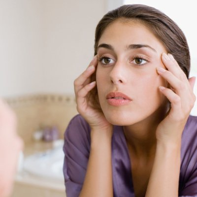 Breaking out? Avoid Doing These Awful Things with Your Acne ...