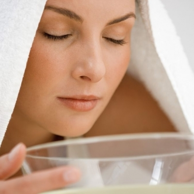 7 Essential Tips for Getting the Most out of a Home Facial ...