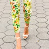 7 Street Style Ways to Wear Printed Pants This Fall ...