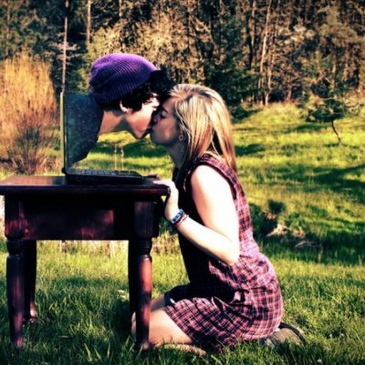 Gifs That Perfectly Describe Long Distance Relationships ...