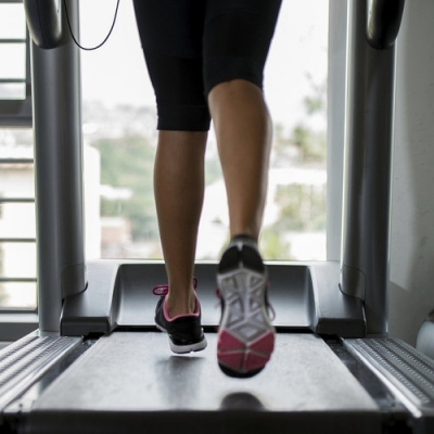Burn Calories Quickly with This Treadmill Interval Workout ...