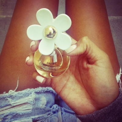 These 23 Floral Perfumes Will Make Him Swoon on Valentine's Day ...
