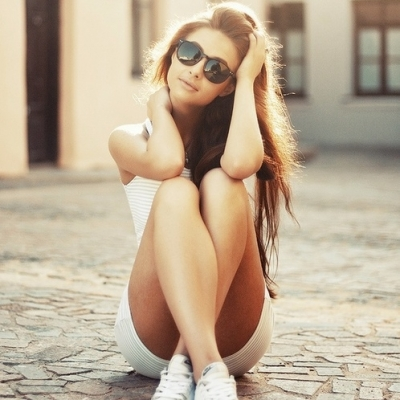 """17 """"Cool Girl"""" Traits You Don't Want to Have ..."""