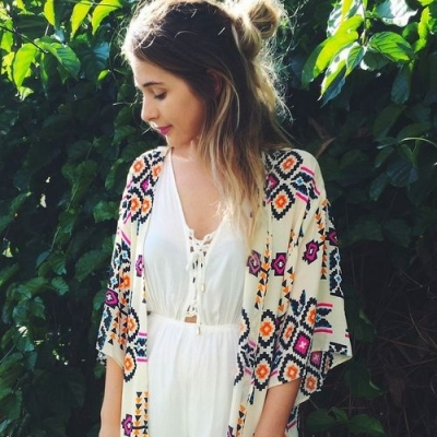 Try These Stunning Style Tips for Layering in the Warm Weather ...