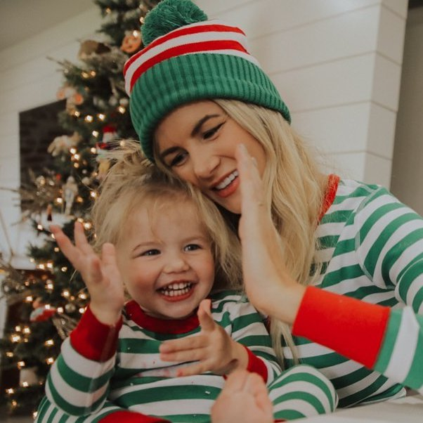 7 Unique Christmas Gifts 🎄🎁 for Moms 👨👩👧 Who Deserve Something Special💎 ...