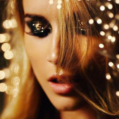 Make Yourself Shine on New Year's with These Makeup Looks ...