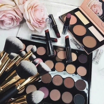 Makeup Organization Tips to Keep Your Bathroom Clean ...