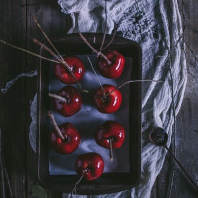 20 Delightfully Delicious 😋 Candy Apple 🍎 Recipes to Make Your Halloween 🎃 ...