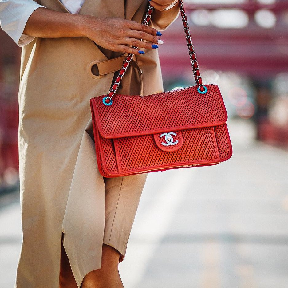 7 Important 🖊✏️ Items All 💯 Successful Women Carry in Their Purse 👜 ...