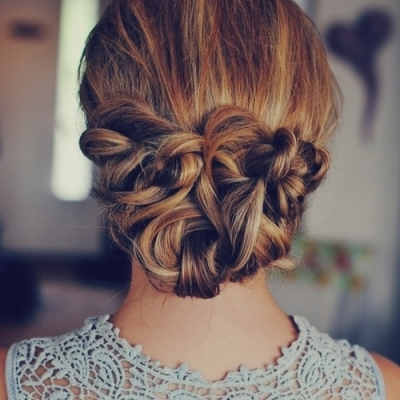 Sexy Hairstyles That'll Show off Your Neck and Shoulders ...