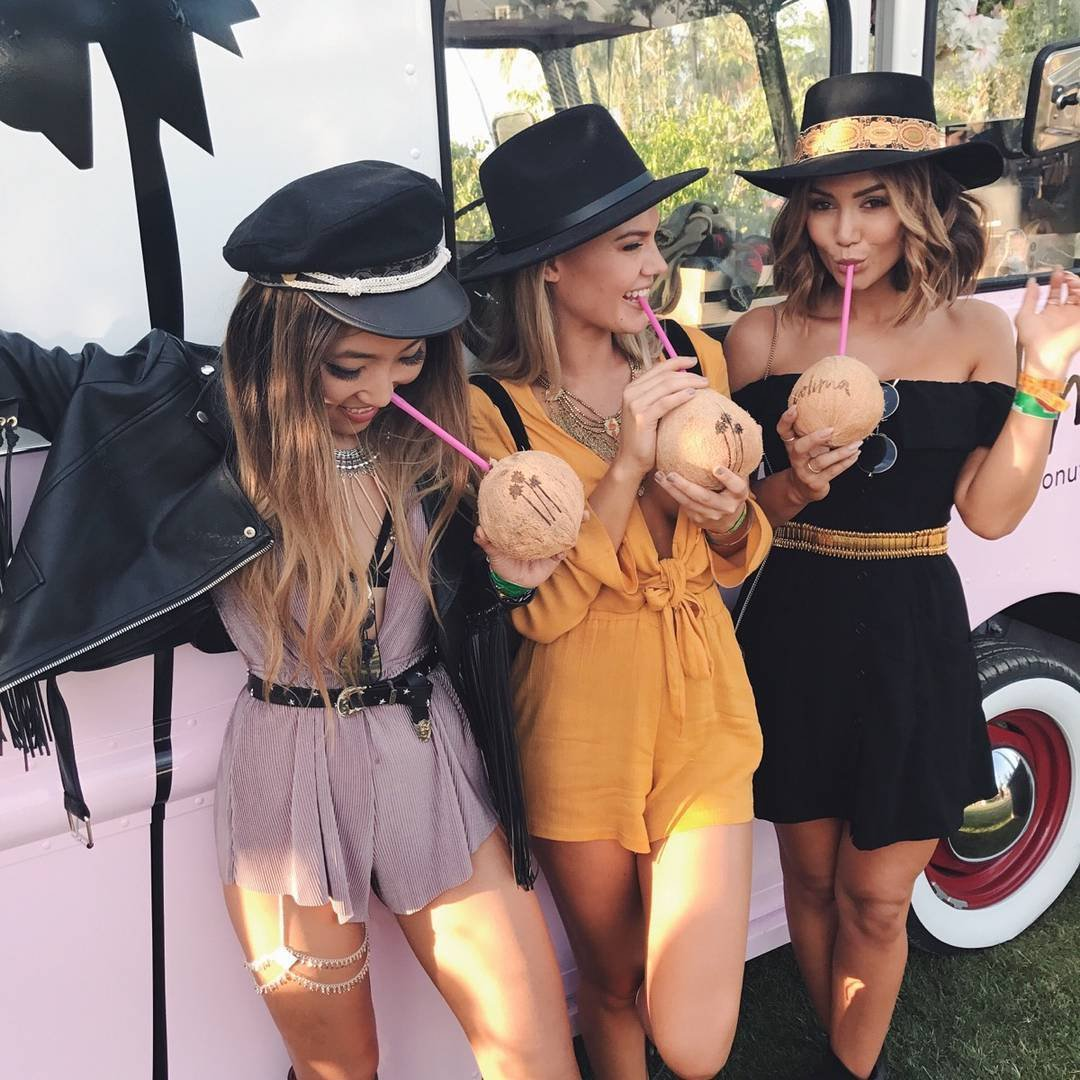 10 Fab and Fun 👌🏼 Squad Goals 👭👭 for You and the Girls to Nail 🤘🏼 This Summer ☀️ ...