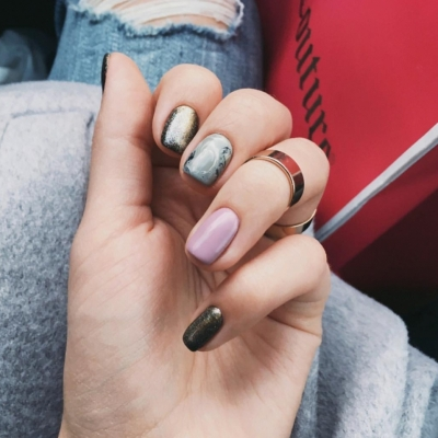7 Steps to Painting Your Nails the Right Way 💅 ...