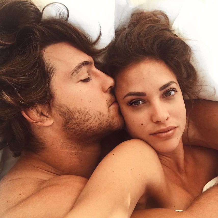 8 Types of Sex 🛌 You Have when You're Single ☝️ ...