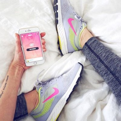 Best Songs 🎧 to Add ⏯ to Your Playlist for Girls Bored during Their Run 🏃🏼 ...