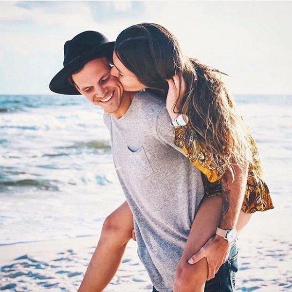 21 Positive Signs 💟 a Guy is in Love 😍 with You for Girls Who Can't Tell 🤔 ...