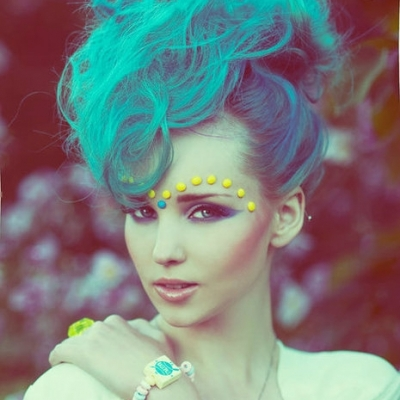 How to Wear Pantone Color of the Year Serenity Blue in Your Hair ...