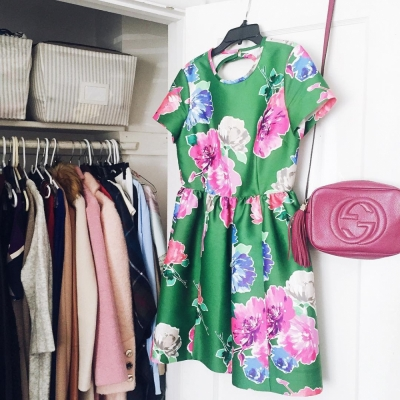 19 Signs You Have Too Many Clothes!