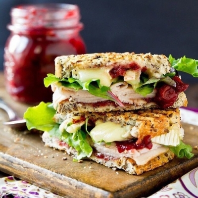 Replace Your Bread with These 7 Things in a Sandwich ...