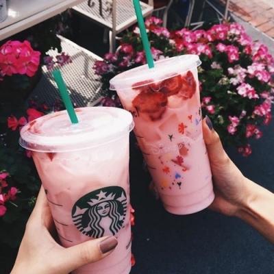 17 Secrets Starbucks Employees Will Never Tell You ☕ ...