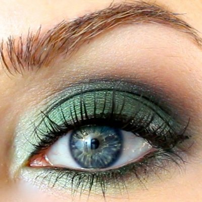 You Have to Try These Gorgeous Smoky Eye Looks ...