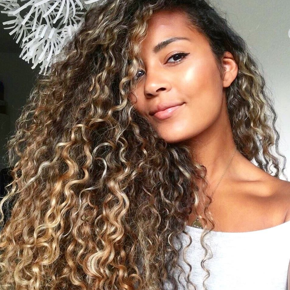 Lovely 😍 Hairstyles for Girls 💆🏻💆🏽💆🏻💆🏿 Who Rock 🤘🏼 Their Curly Hair 🌀 ...