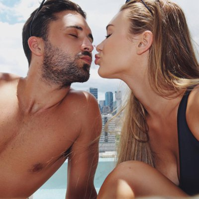 Weird Signs He Likes You More than You Think 💑💏 ...