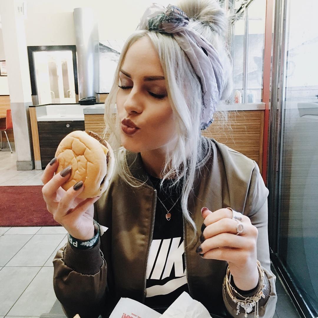 How do I ✋Stop Binge Eating? 🍕 ...