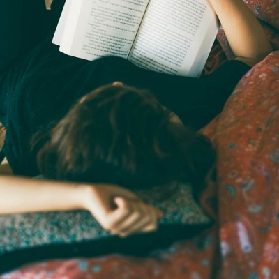 📖 Girls Who Love Short Stories Can Lose Themselves in These Literary Mags ...