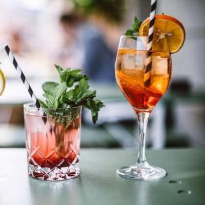 11 beyond Delish 😋 Alcoholic Drinks 🍹🍸🍷🍾 with Barely Any Calories 🙌🏼 ...