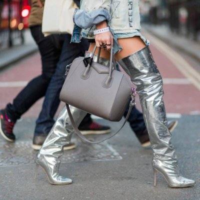The Outfit Essential 💯 of the Year... Silver Boots 👢! Check out How to Rock 🤘🏼 the Look ...
