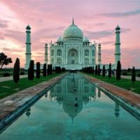 8 Must-See Tourist Hotspots ...