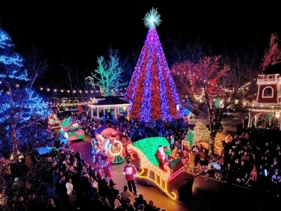 9 Best Cities to Celebrate the Holidays in ...