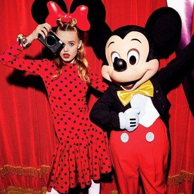 7 Types of People You Meet in Disneyland ...