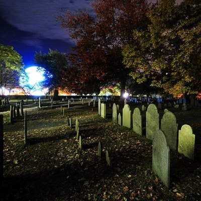 26 Stunning Shots of Halloween in Salem ...