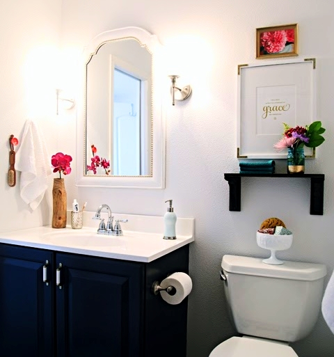 Small Bathroom Decorating Ideas 2017