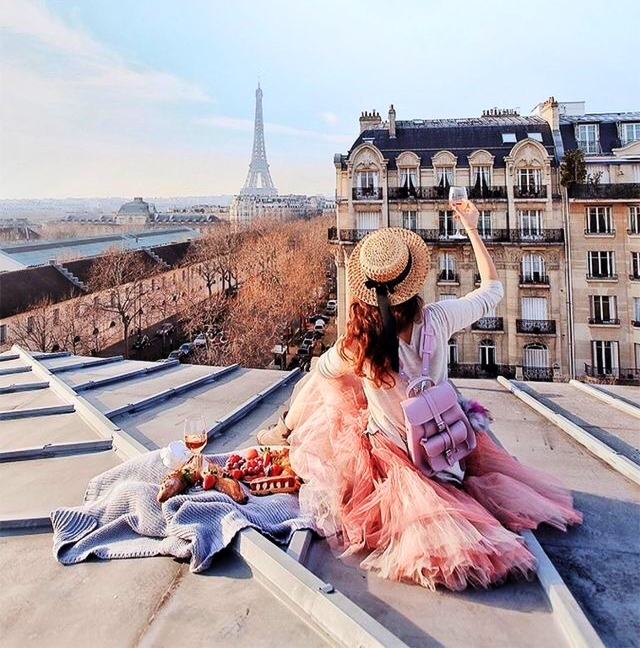 WHAT TO WEAR TO PARIS: 5 SIMPLE DOS AND DON'TS👗