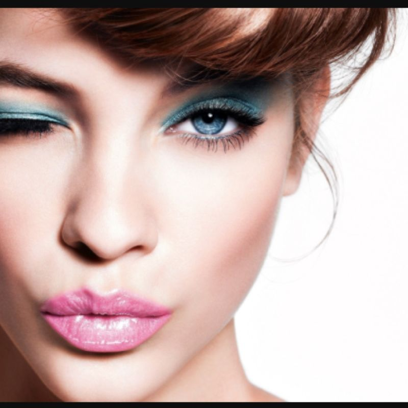 Top 5 Makeup Youtubers