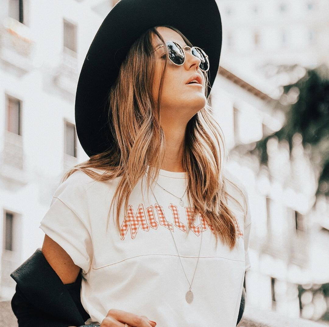 34 of Today's Dazzling 🙌🏼 #OOTD Photos for girls who just love ❤️ to look stylish 👗 ...