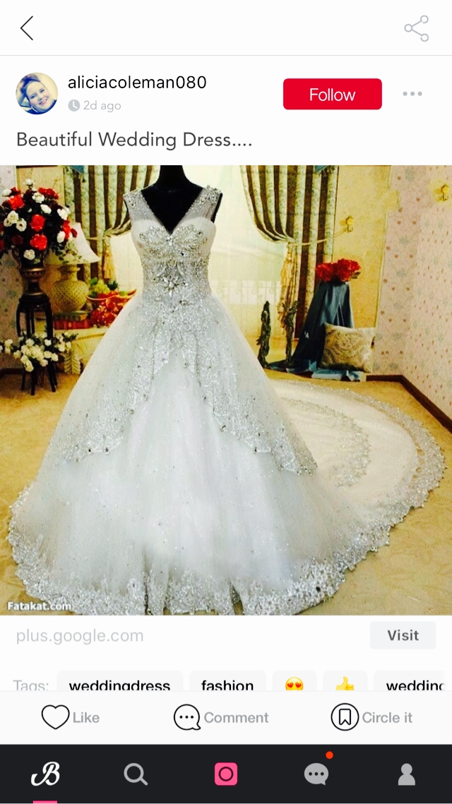 WEDDING DRESS 😍😍😍