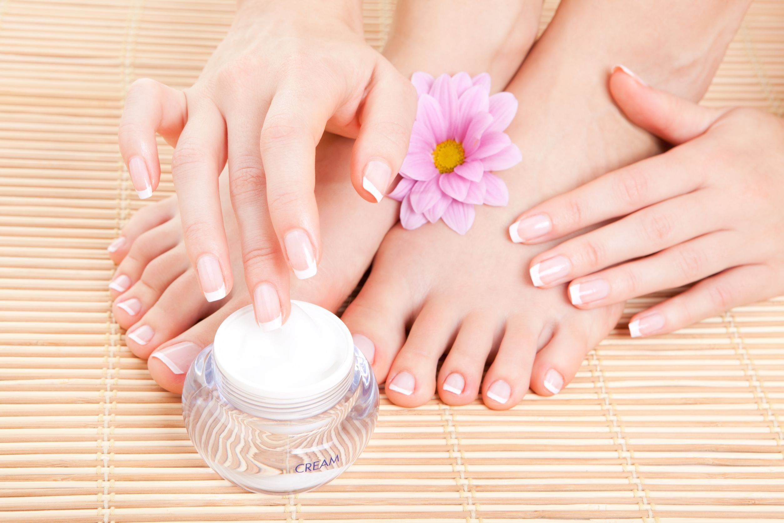 How to treat athlete's foot fast naturally