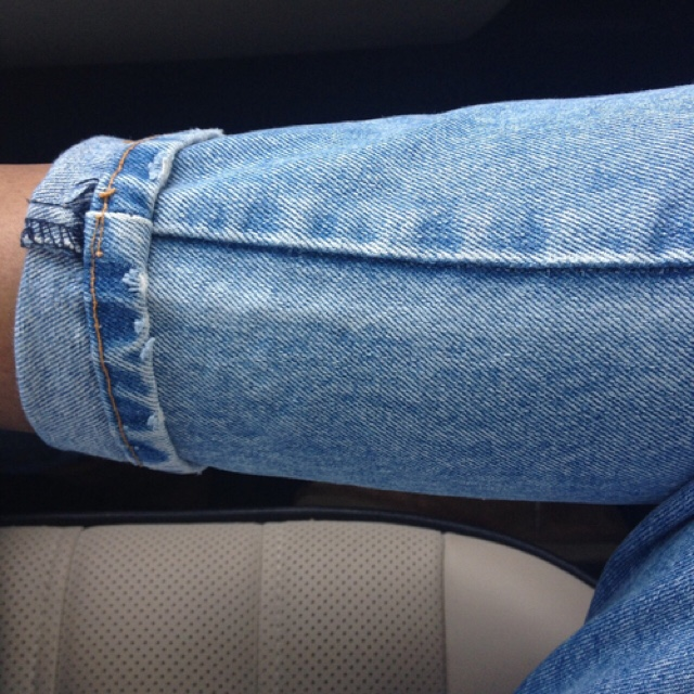 FAVE CELEBRITIES IN JEANS